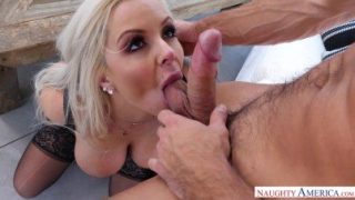 Naughty America / An excited wife's photoshoot – Nina Elle